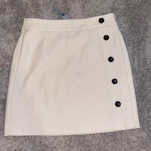 NEW Ann Taylor 8 Petite button skirt Women's suit